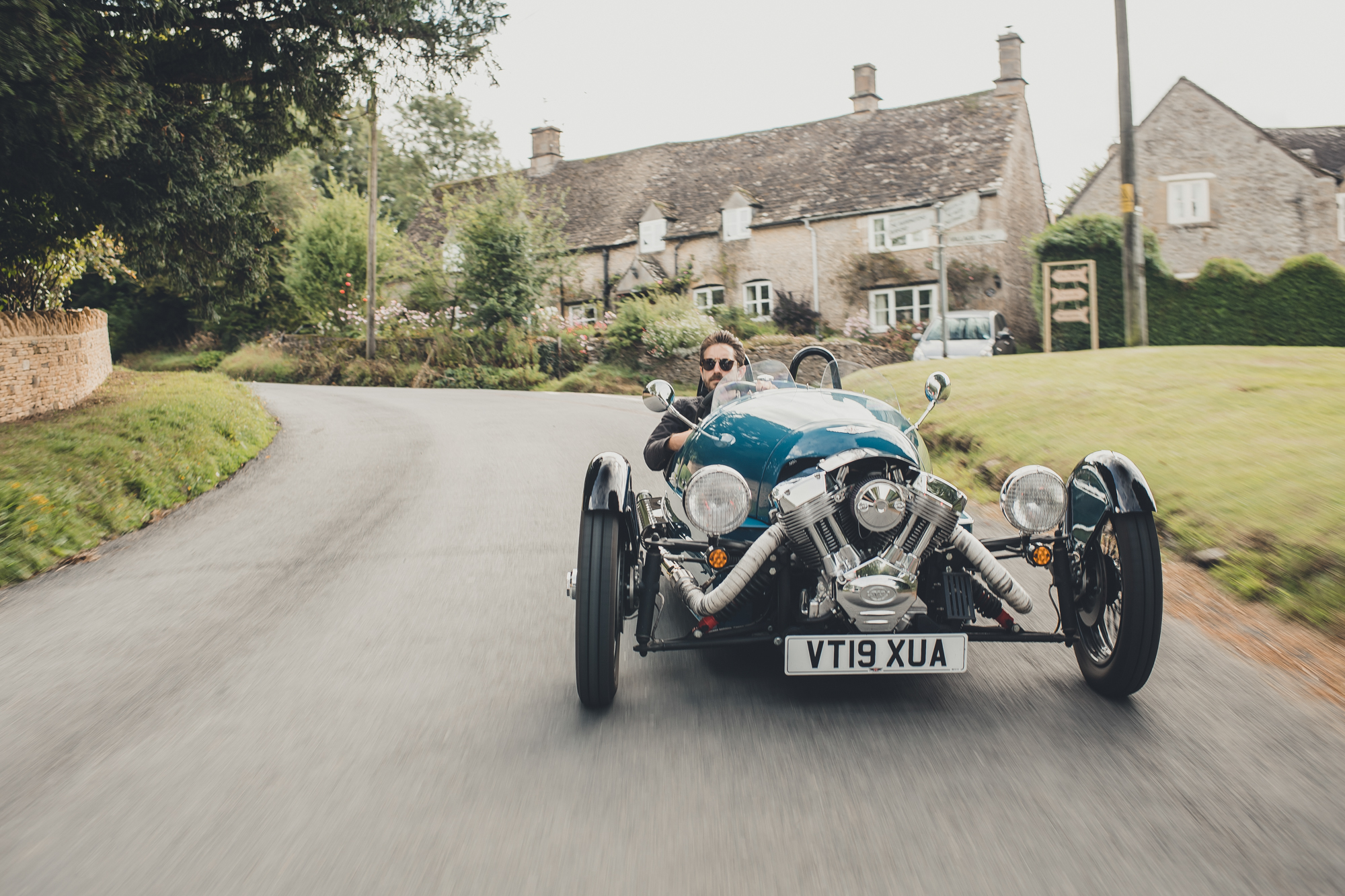 Scenic Drives UK - the incredible Morgan 3 wheeler runs through the Cotswolds